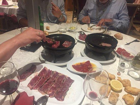 carne a la piedra en madrid casa julian 12 - Restaurante Casa Juan | carne a la piedra en Madrid