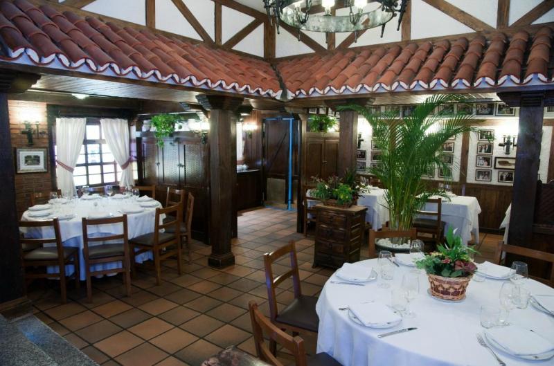 carne a la piedra en madrid meson txistu 02 800x529 - Restaurante Mesón Txistu | carne a la piedra en Madrid