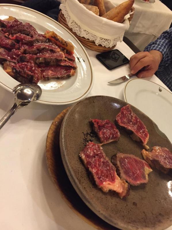 carne a la piedra en madrid meson txistu 11 598x800 - Restaurante Mesón Txistu | carne a la piedra en Madrid