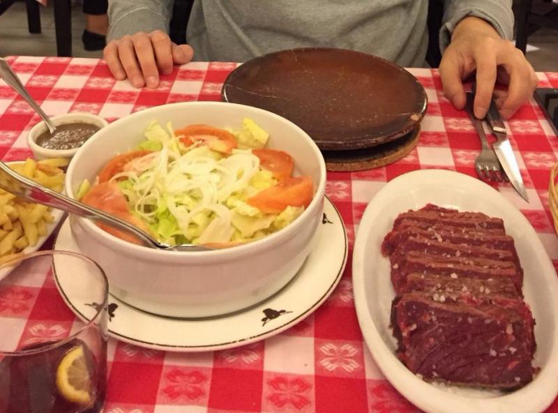 carne a la piedra en madrid restaurante el buey 05 800x592 - Restaurante El Buey | carne a la piedra en Madrid